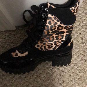 Leopard 🐆 print boots